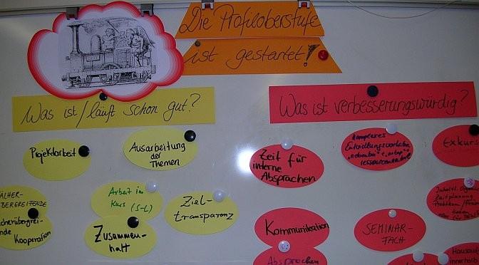 In einem Profiloberstufenaudit ziehen Schüler und Lehrer eine Zwischenbilanz, um den Unterricht in den Profilen weiter zu entwickeln