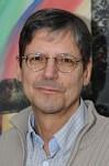 Herbert Nieder ist Abteilungsleiter für die Oberstufe am AvH - © uni datum print GmbH