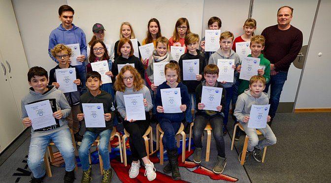 Ausgesprochen rege und erfolgreiche Teilnahme an der Mathematik-Olympiade auch in der zweiten Runde